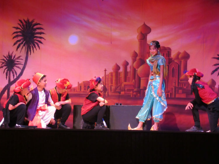 Aladdin 4898